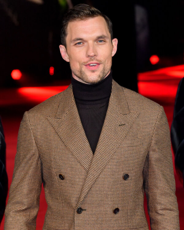 Ed Skrein wearing Vertigo Losing Perspective Ring.