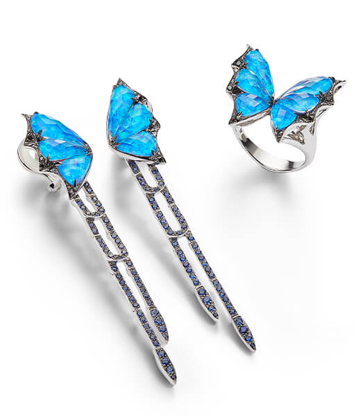 The Fly by Night Long Earrings and Ring in black opalescent Crystal Haze.