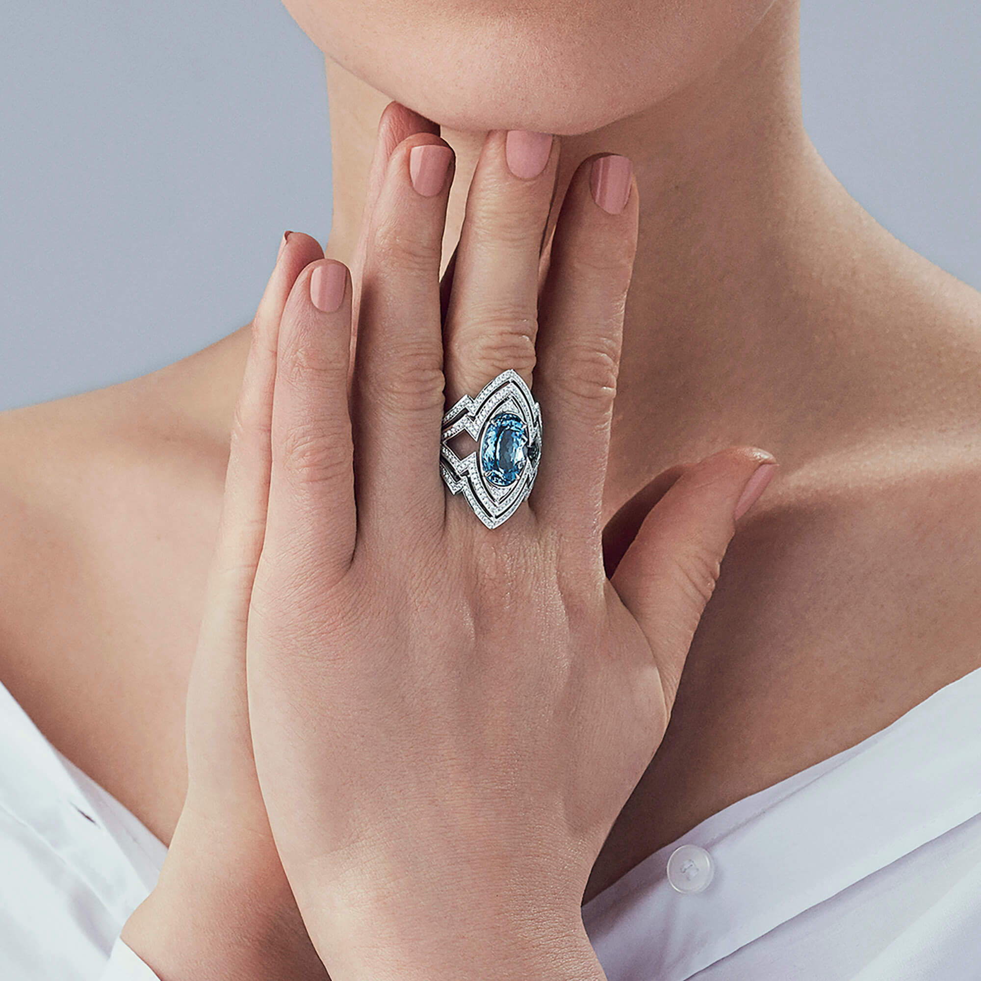 Aquamarine Couture 18ct White Gold Ring - Image 2 | Lady Stardust
