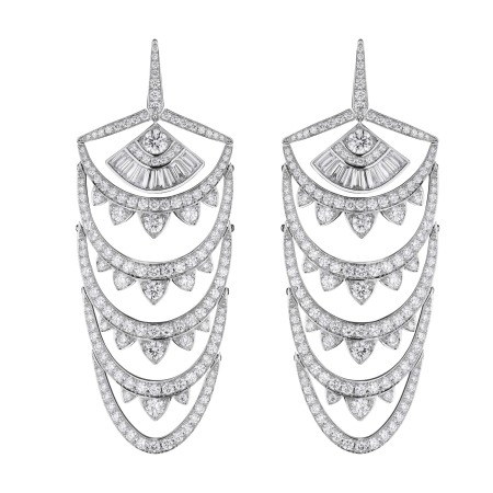 White Gold New York Earrings With White Diamonds | Deco