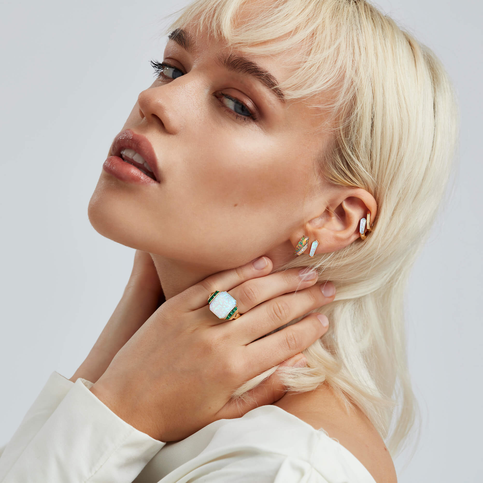White Opalescent Crystal Haze Deco Wide Twister Ring - Image 2 | CH₂