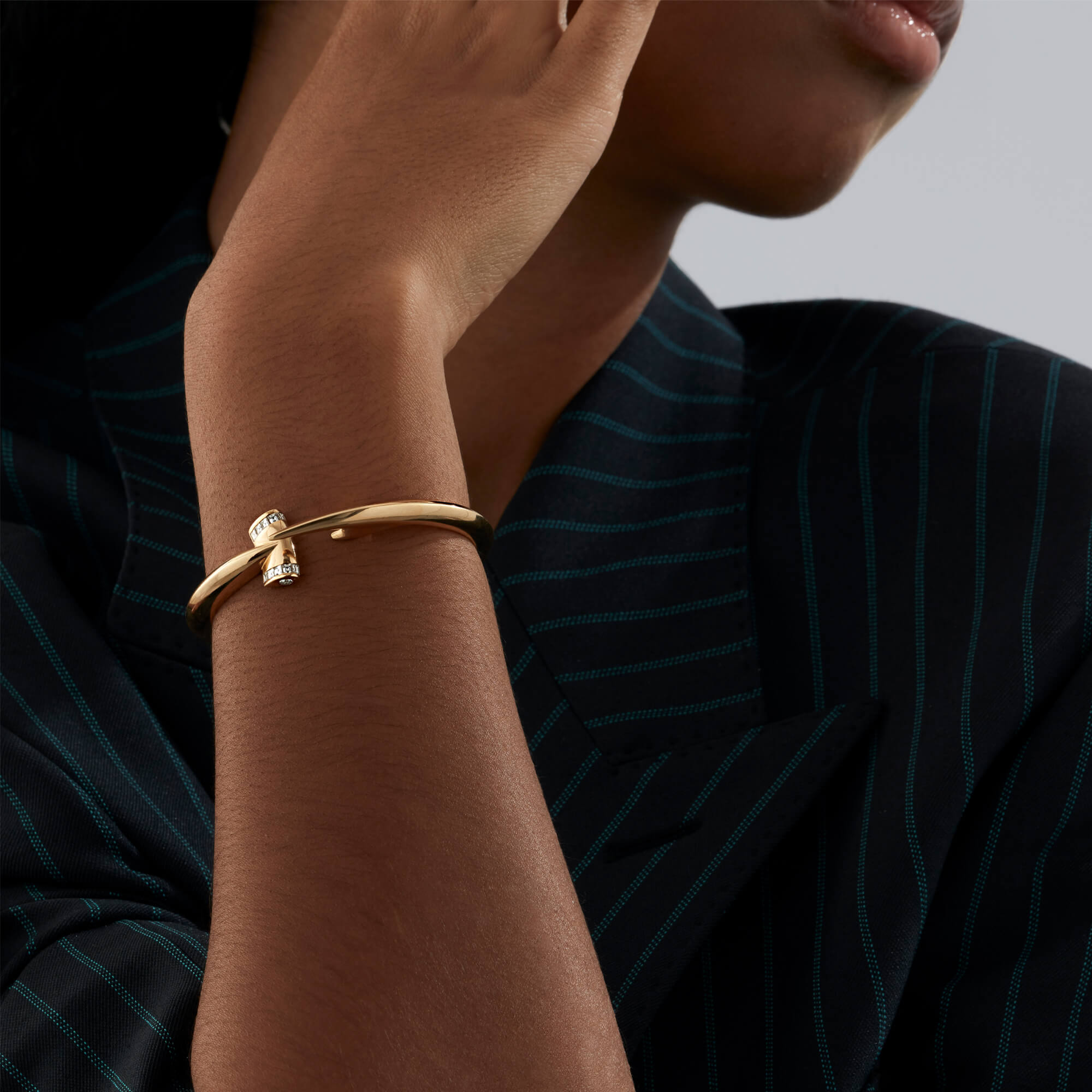 Yellow Gold Hammerhead White Diamond Bangle | Hammerhead