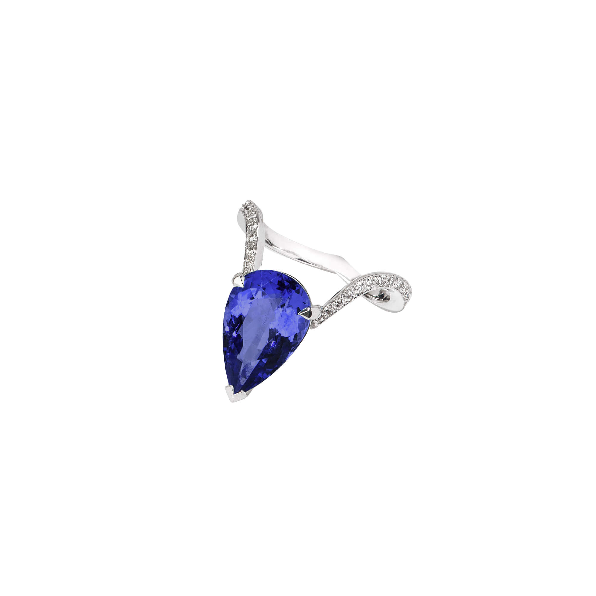 Tanzanite Diamond Cocktail Ring | Magnipheasant