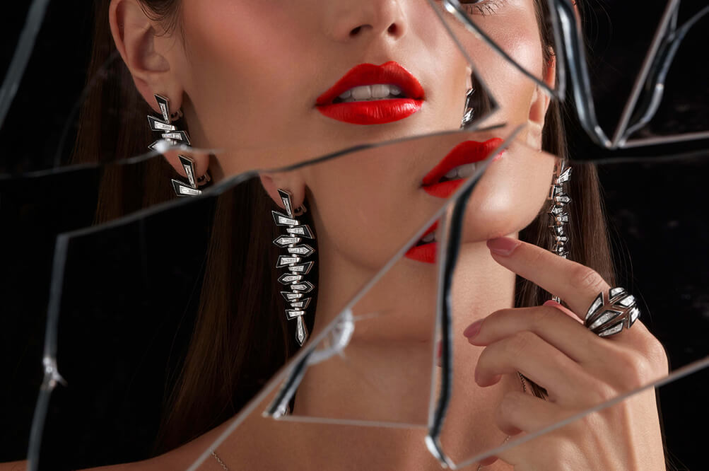 Stephen Webster Dynamite Shattered Earrings and Bombé Ring in black enamal and 18ct white Gold.
