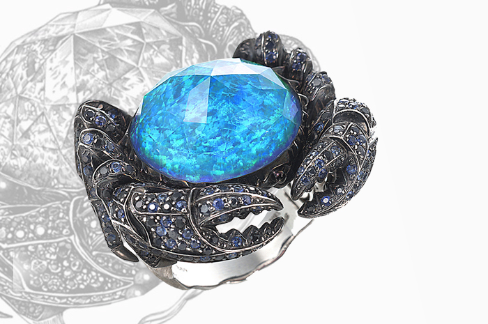 Stephen Webster's Jewels Verne Crystal Haze Crab Ring from the No Regrets collection.