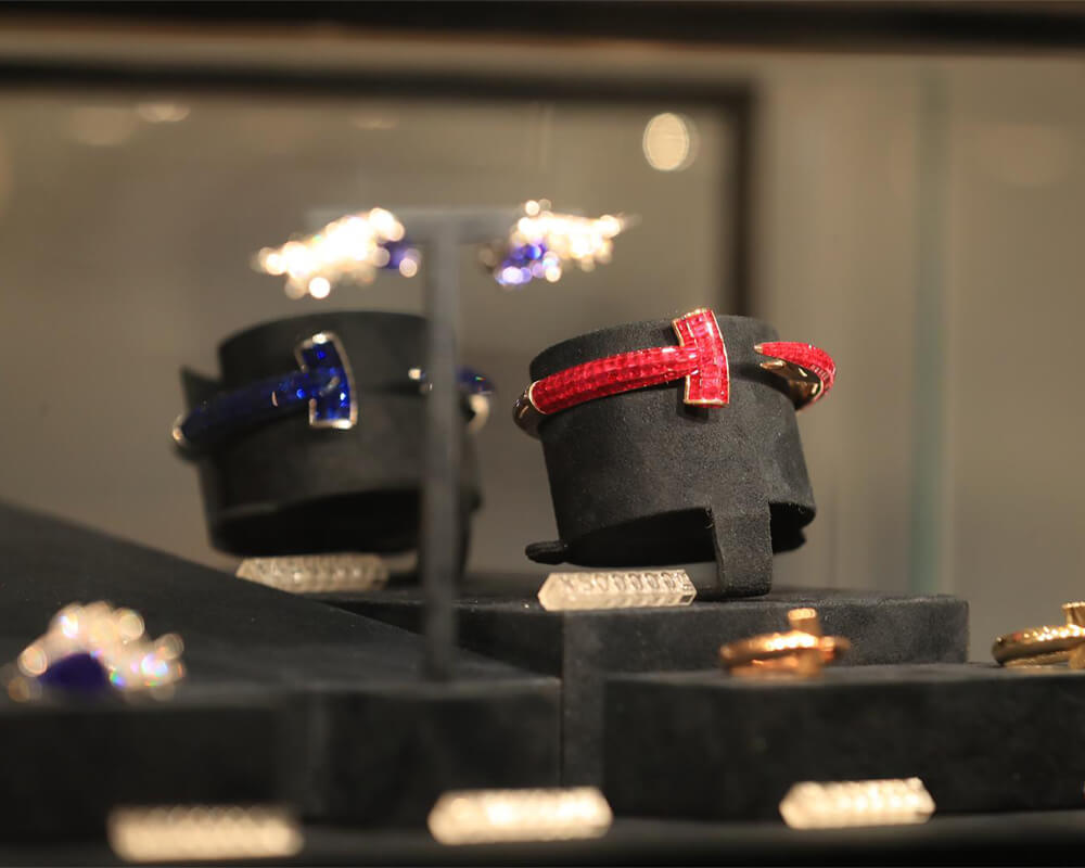 Stephen Webster's Hammerhead collection available at SKP Beijing.